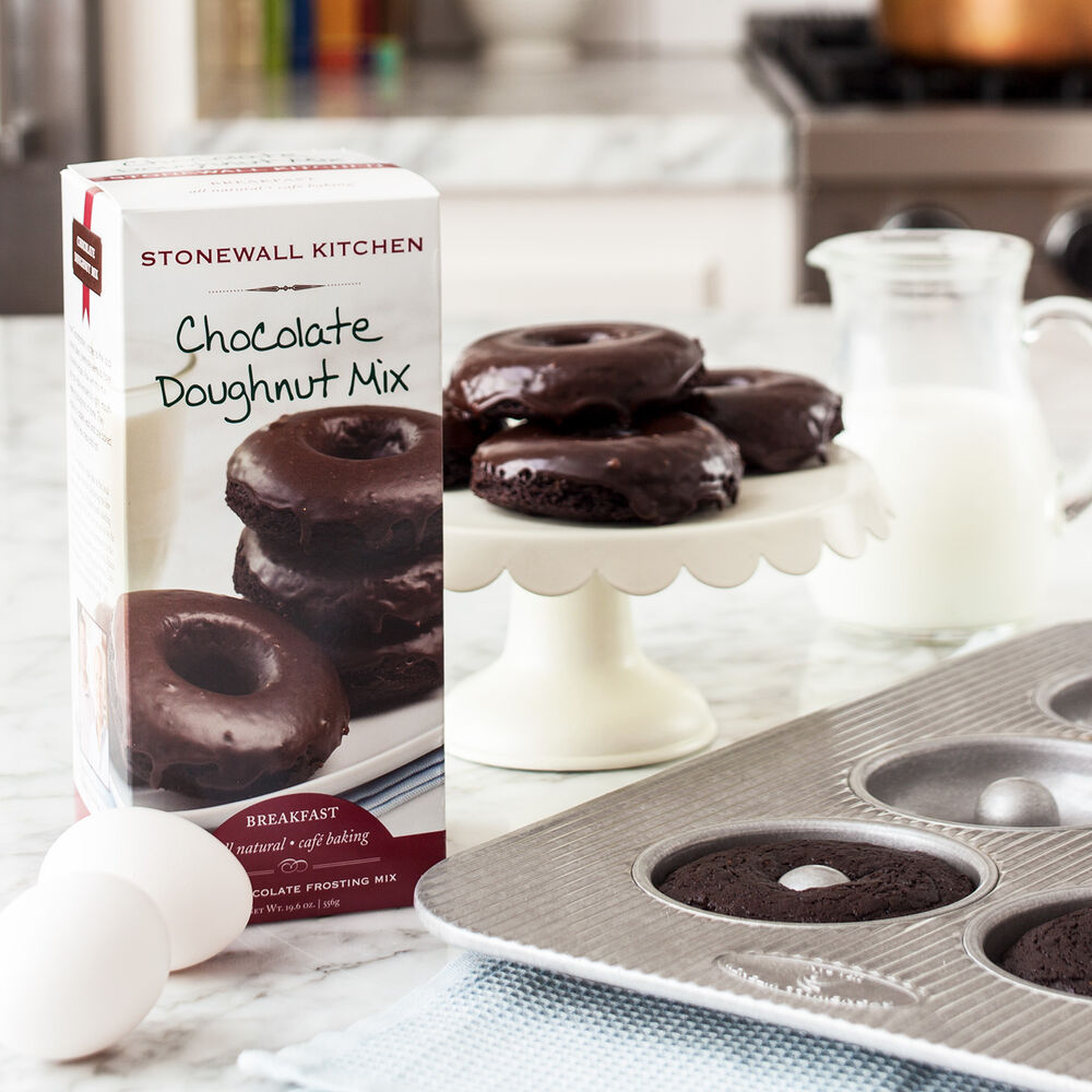 Doughnut Pan & Chocolate Doughnut Mix Gift image number 0