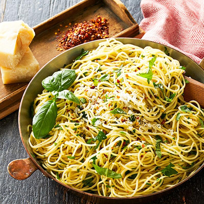 Aglio e Olio (Spaghetti with garlic, olive oil and Parmesan cheese)