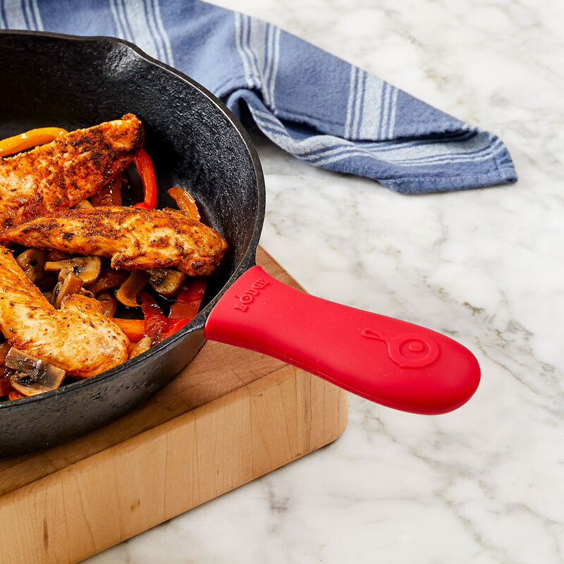Lodge® Silicone Hot Handle Holder