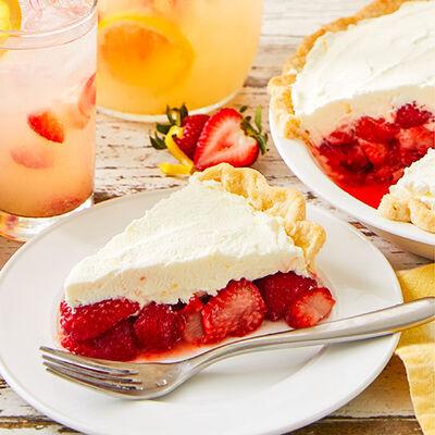 Fresh Strawberry Lemonade Pie