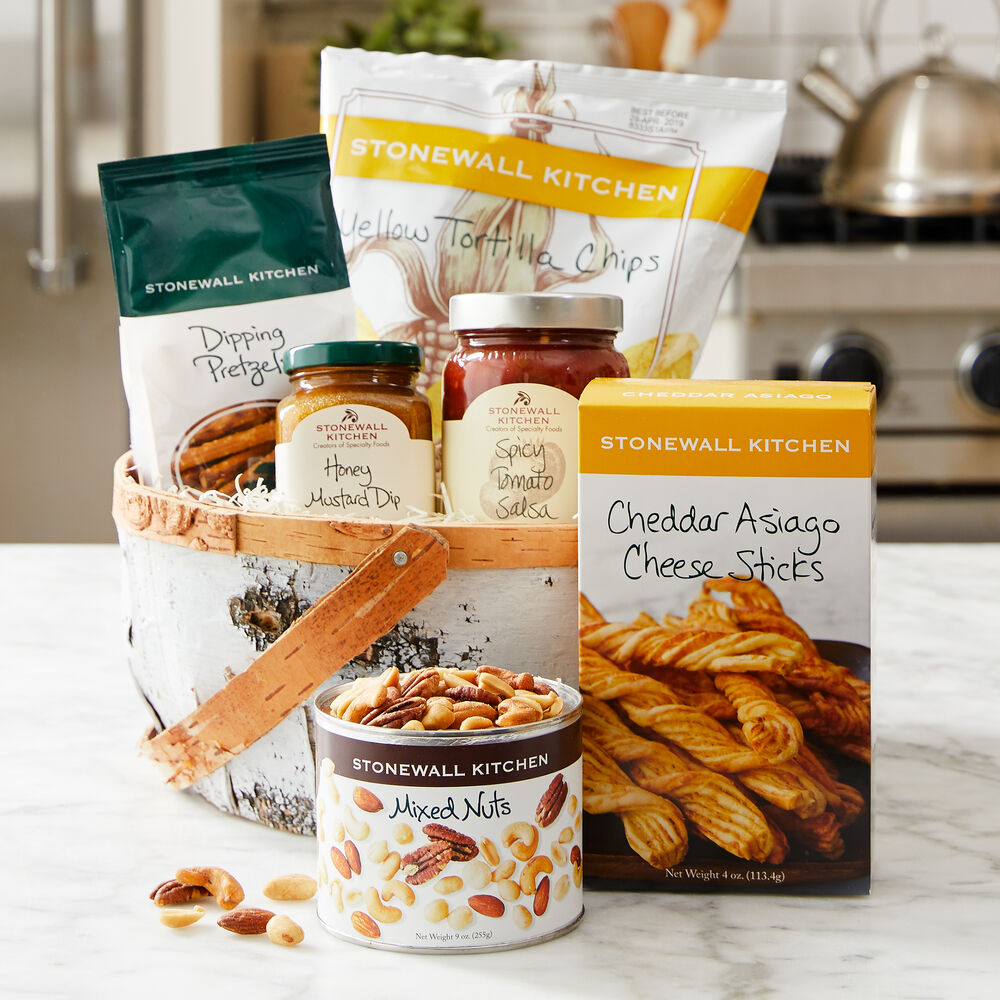 Ready-to-Snack Basket image number 0
