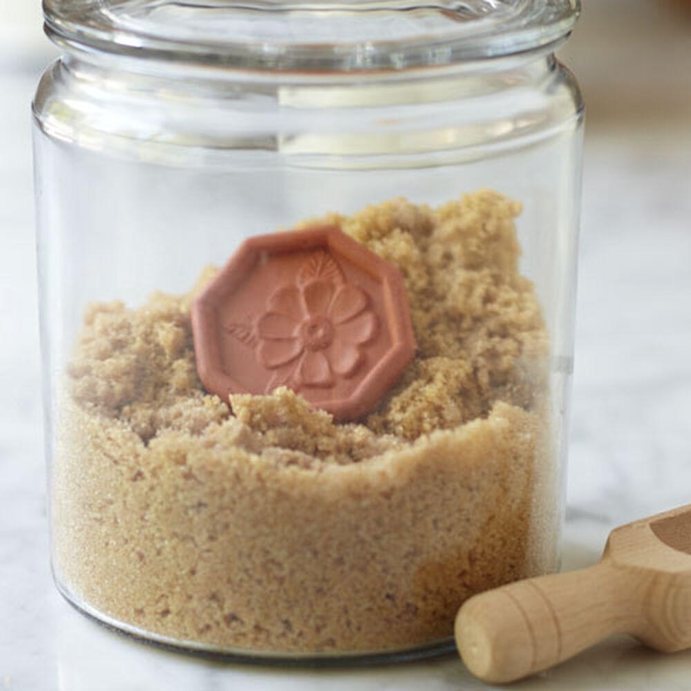 Brown Sugar Saver image number 0