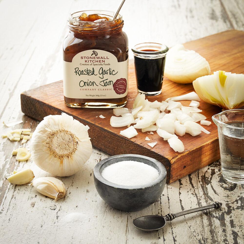 Roasted Garlic Onion Jam image number 1