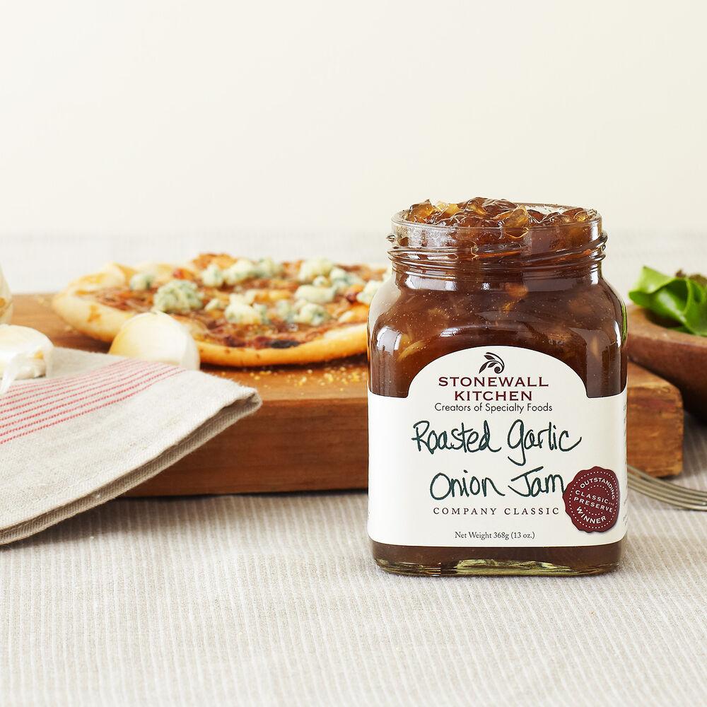 Roasted Garlic Onion Jam image number 2