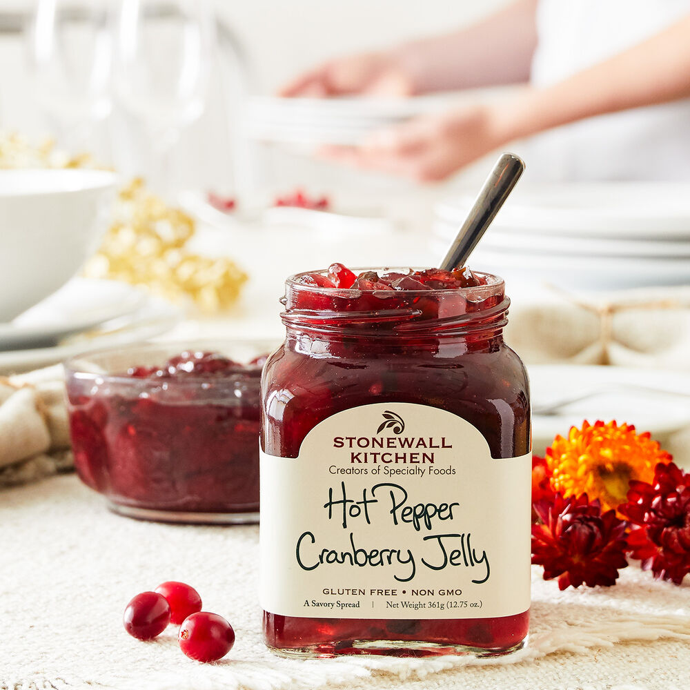 Hot Pepper Cranberry Jelly image number 1