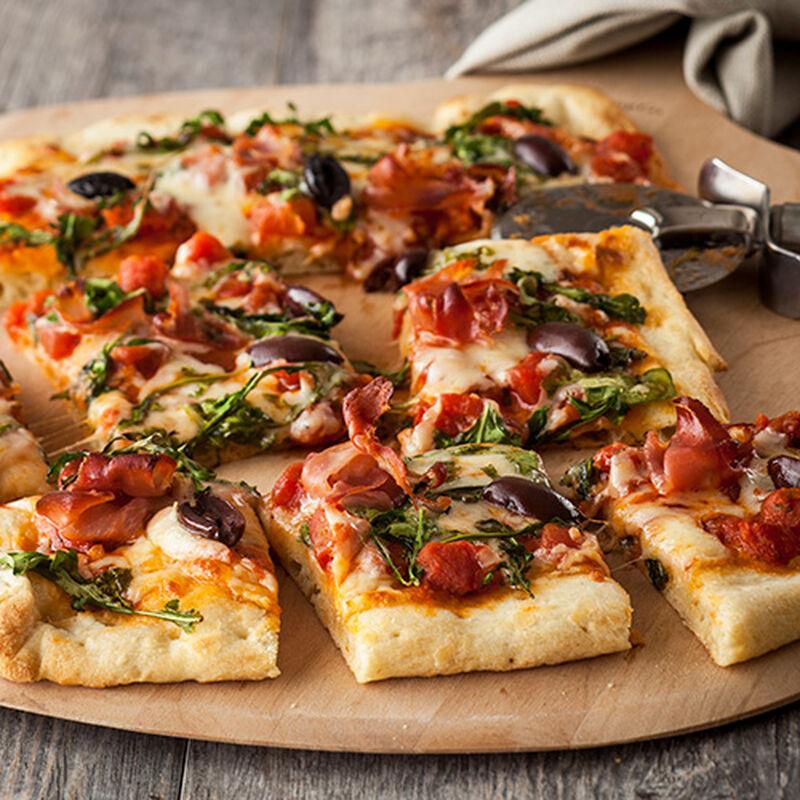 Prosciutto and Fresh Mozzarella Pizza