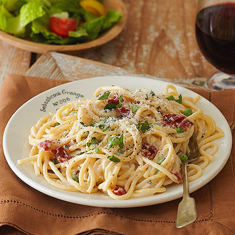 Pasta Alfredo with Prosciutto and Peas