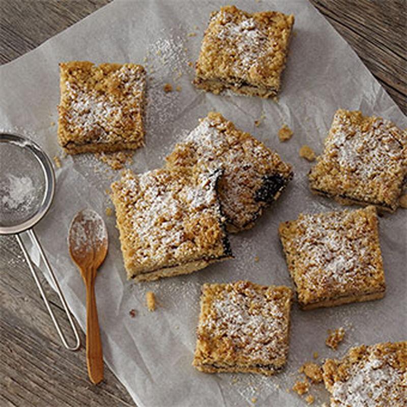 Black Raspberry Almond Crumb Bars