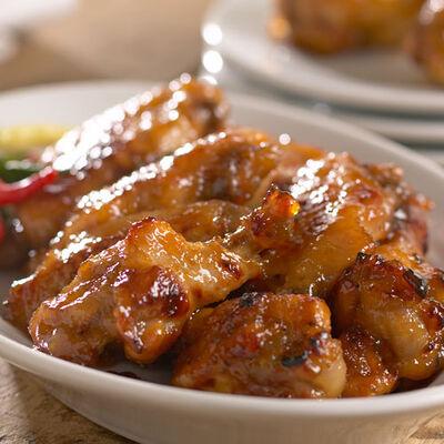 Apple Jalapeño Chicken Wings