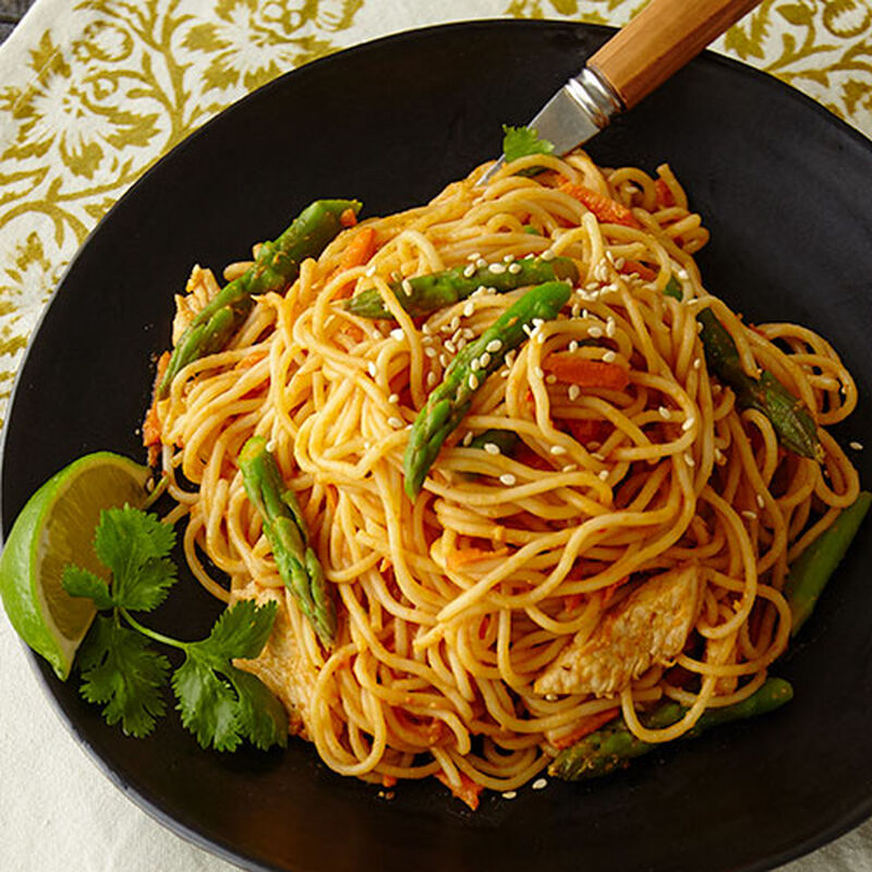 Vermicelli with Sesame Chicken and Asparagus