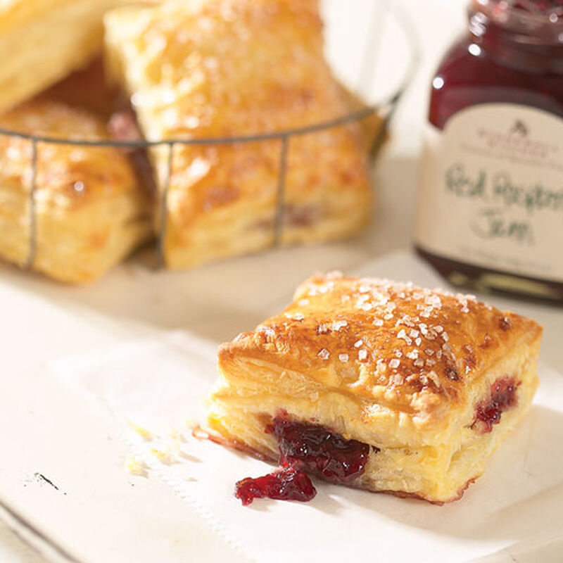 Jam Filled Flaky Puffs