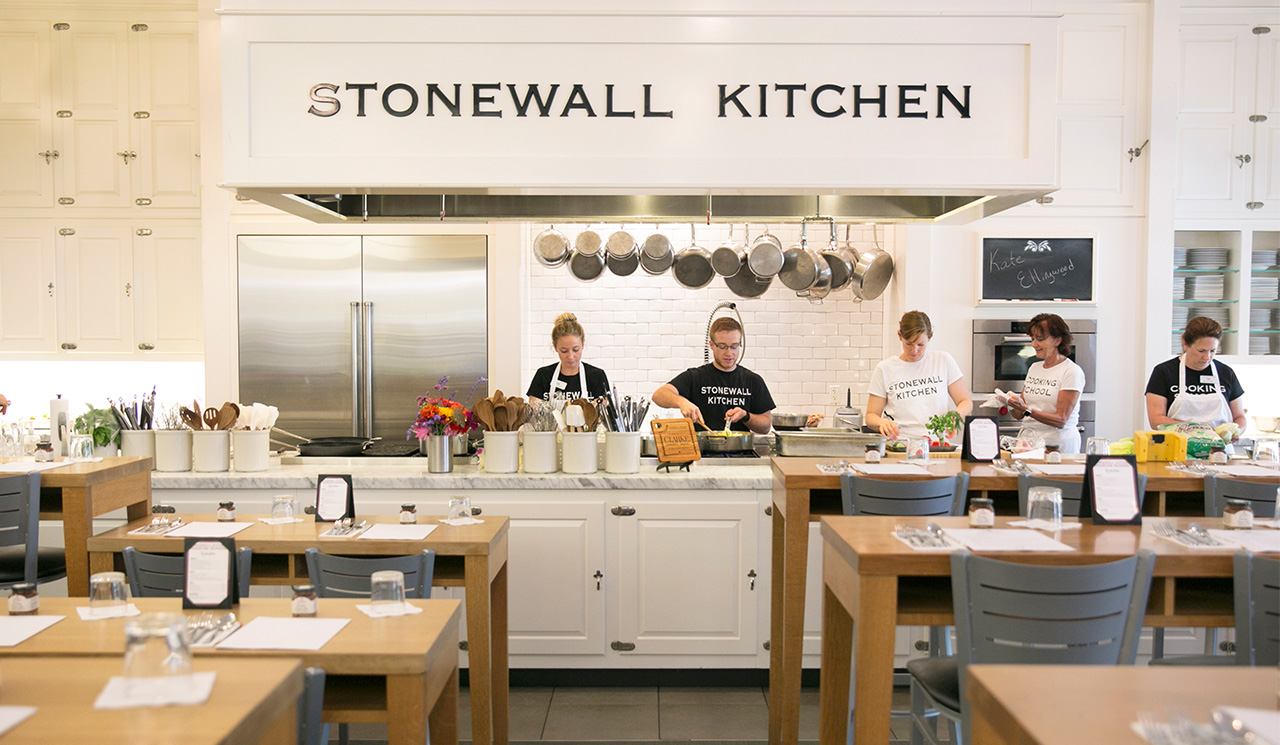 a day in the cooking school the pantry blog stonewall kitchen rh stonewallkitchen com stonewall kitchen cooking school schedule stonewall kitchen cooking school costa mesa